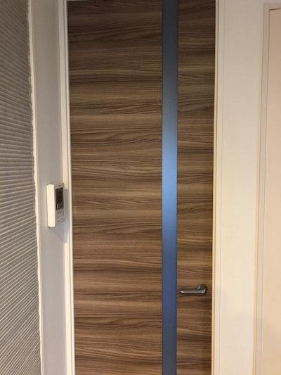 千葉県 茂木様 お部屋入り口のガラス入りドア