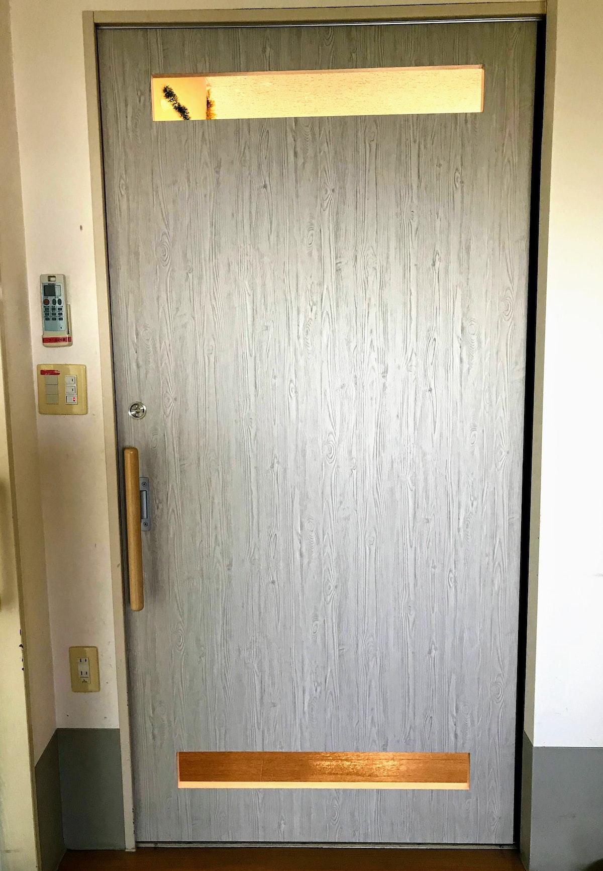 引き戸の注文 トイレの引き戸