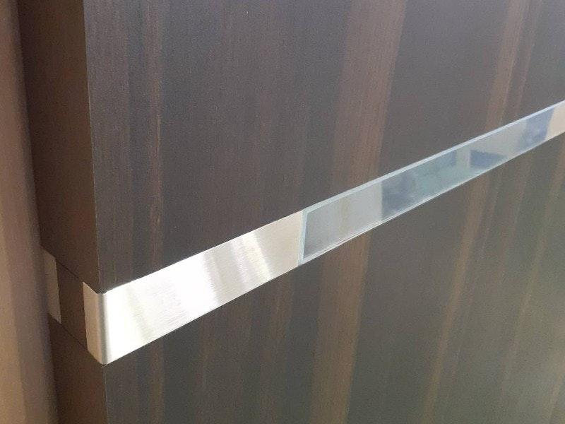 格好良いデザインのドア ガラス入りドア