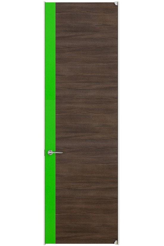 ワンポイントカラーの入ったドア 選べる色のドア