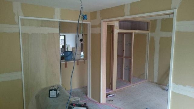 施工現場 ドアのリフォーム 注文住宅
